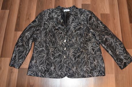 Vzorované čierno-biele sako, veľ. 52 , 52