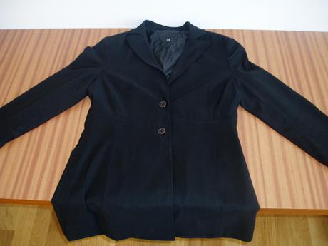 Kvalitný čierny kabátik - M, 38