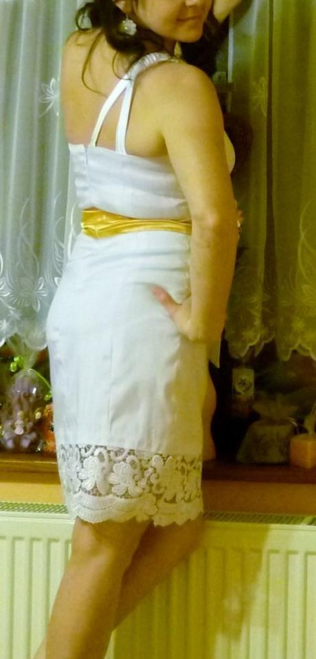 Biele čipkované popolnočné šaty - krátke, 36
