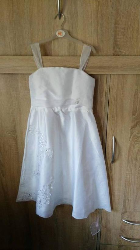 Šaty na drůžičku, 128