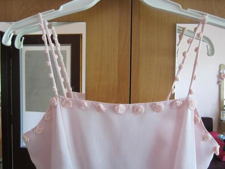 Svetlo ružové šaty, 158
