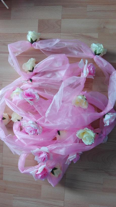 Organza 10 m s ružami,