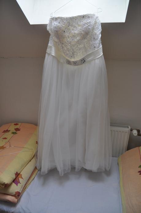 svadobne šaty, 54