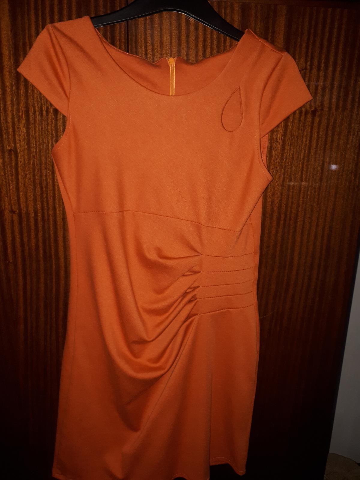 Elegantné šaty na každú príležitosť 632e0f653b3