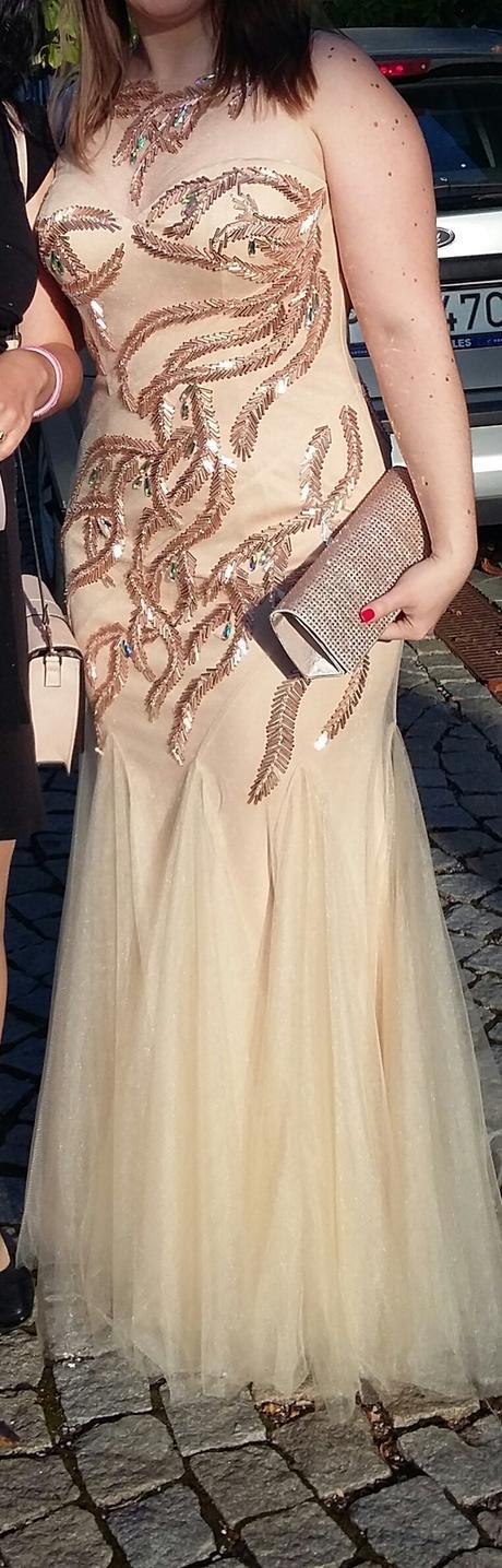 šaty s nádychom elegancie, 40
