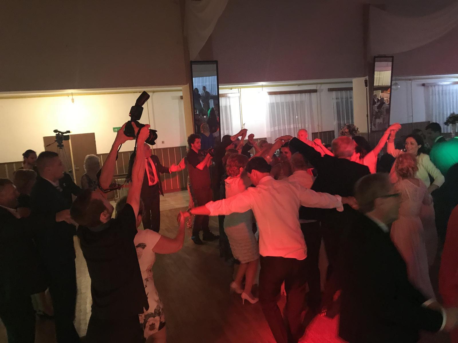 f52390d1c Dj svadba party, - 399 € | Svadobné shopy | Mojasvadba.sk