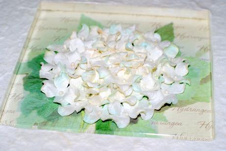 Svatební fotoalbum s květinou,