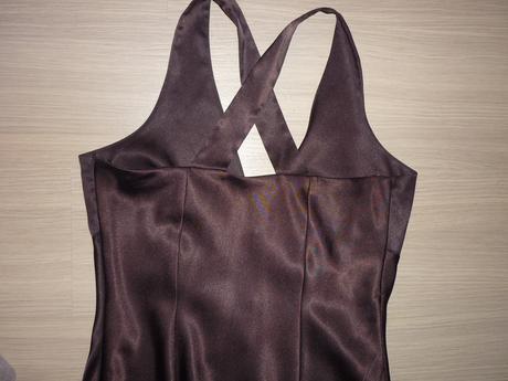 1x oblečené šaty, 40