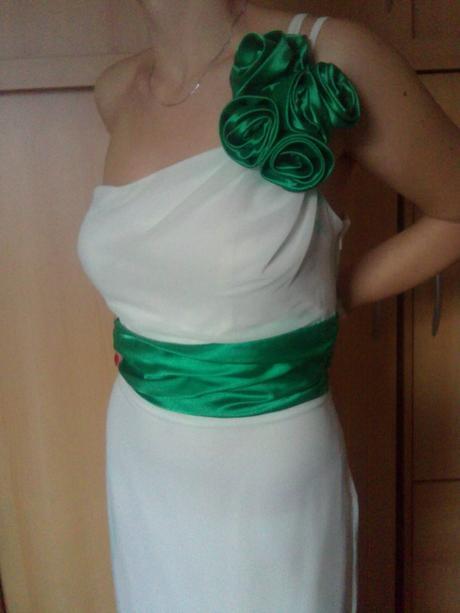 Kvalitné šaty značky ZAIRA, 38