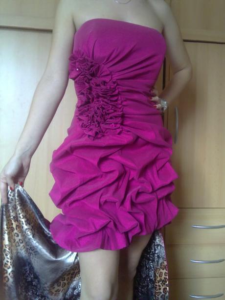 Luxusné šaty s vlečkou, 36
