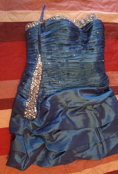 Krátke spoločenské šaty modré, 38