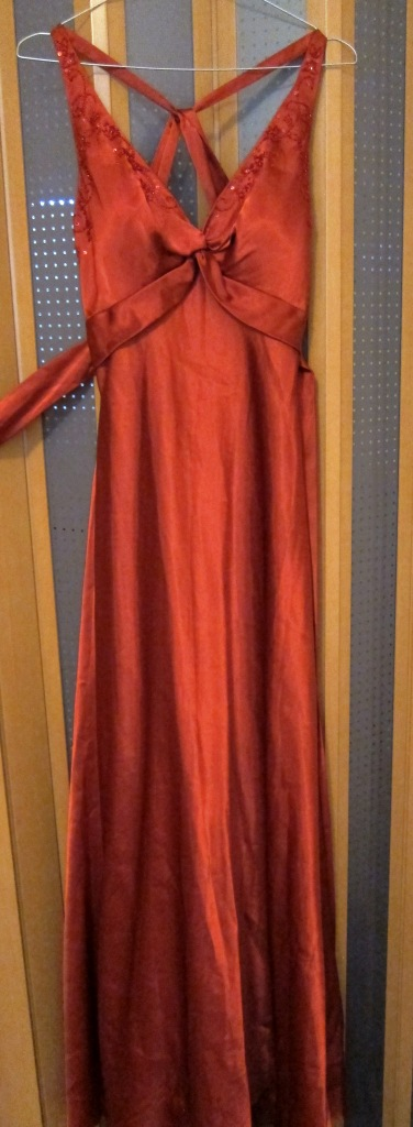 Spoločenské šaty oranžové, 38
