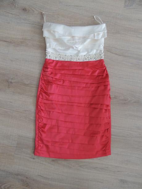 Pekné šaty , 36