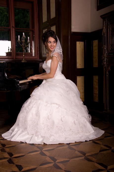 svatební šaty Kamila, 38