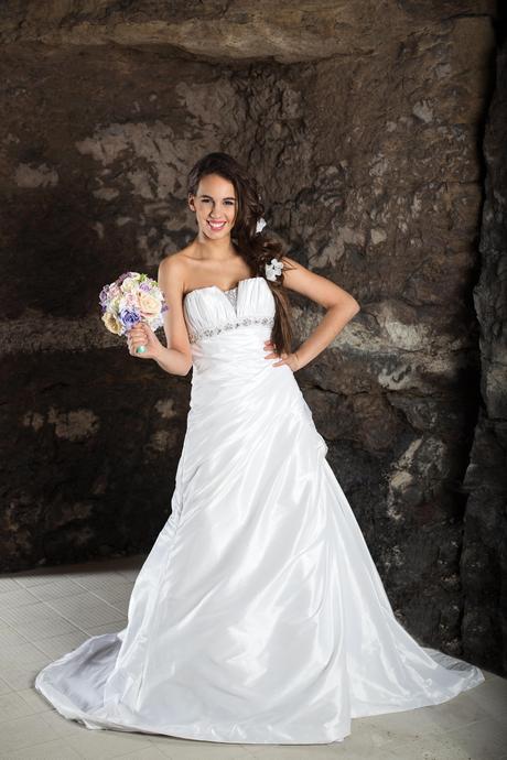 svatební šaty Lucy, 36
