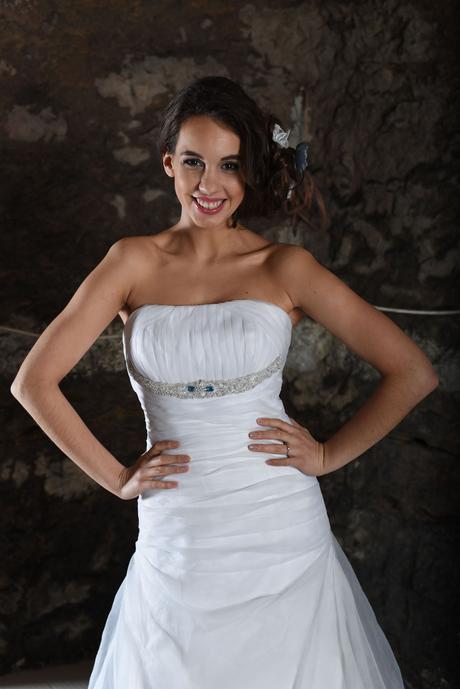 výprodej svatebních šatů z půjčovny, 36