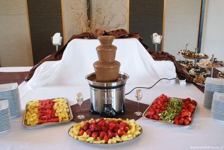 Čokoládová fontána na prenájom ,