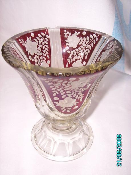 Brúsená váza,
