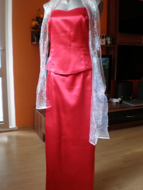 Červené korzetové šaty  , 38