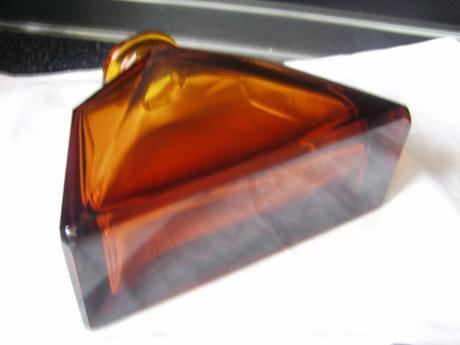 Kubistická karafa s pohárikmi,