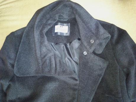 Šedý hebký kabátek se sponou, vel. 36, možná i 38, 36