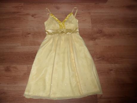 Ľahké šifónové šaty, 36