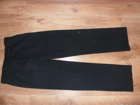 Spoločenské nohavice, 152