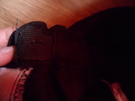 Spoločenské nohavice, 158