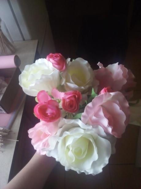 Umělé  růže,