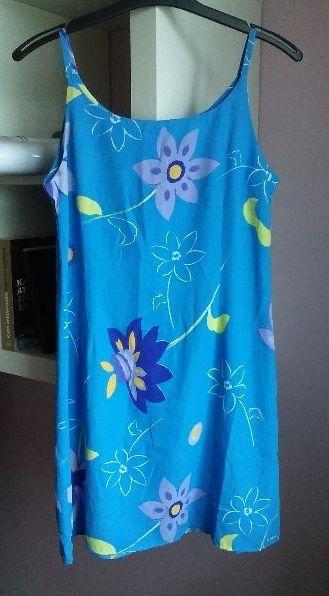 Lehké letní šaty,