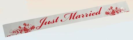 Páska s nápisem Just Married a růže po celé 12m,