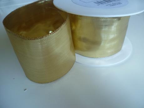 Stuha zlatá exkluzivní s drátky š. 60mm na metry,