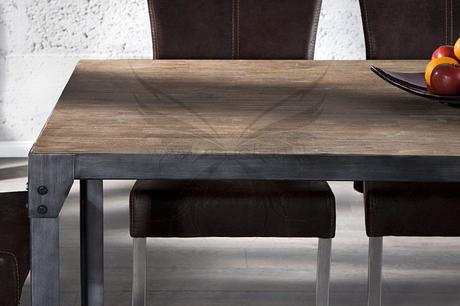 Jídelní stůl Real Steel,