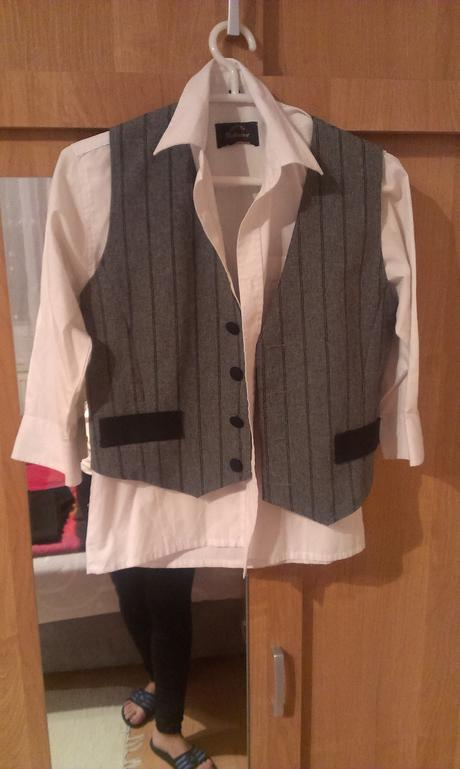 chlapcensky oblek, 158