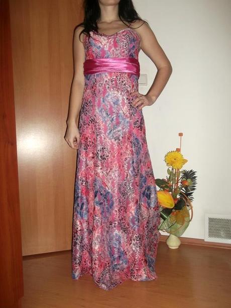 nádherné šaty na predaj, 38