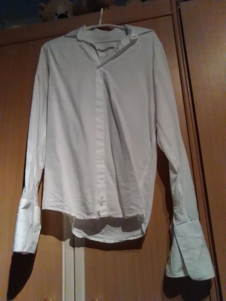 Svadobná košeľa , 38