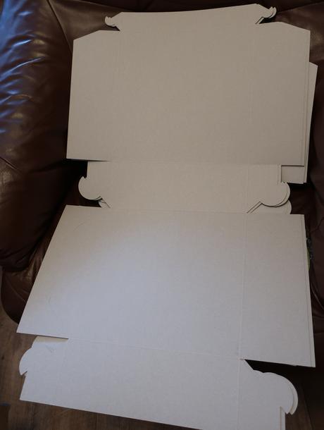 Krabice na výslužky ,