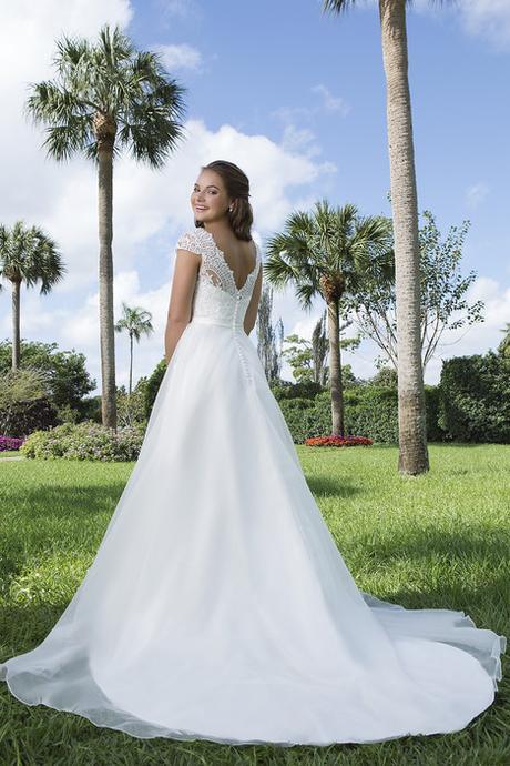 3e62b1523865 Svadobné šaty sweetheart gowns