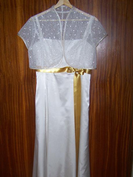 Jednoduché smotanové šaty , 41