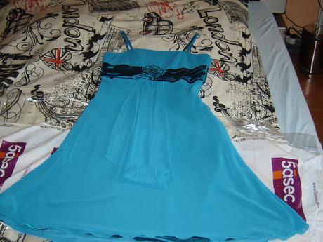 Spoločenské šaty/cena s poštovným, 40