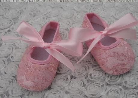 Capačky pro holčičky ve třech barvách a velikostec, 19