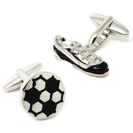 Manžetové knoflíčky pro vášnivého fotbalistu,