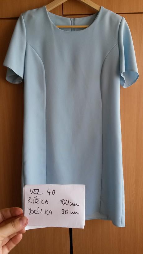 Světle modré, pouzdrové šaty, 40