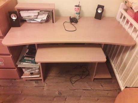 Písací/PC stolík,