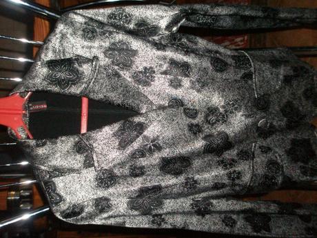 Saténové sako , 36