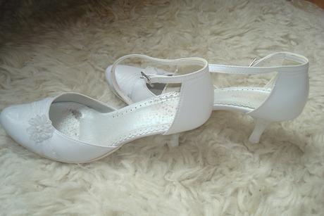 Svadobné topánočky, 37