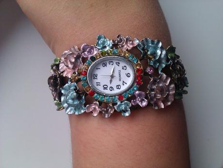 Náramkové hodinky,