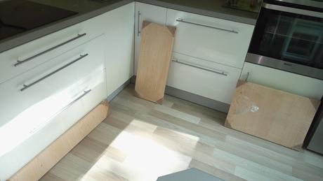 Spodné dvierka do kuchyne,