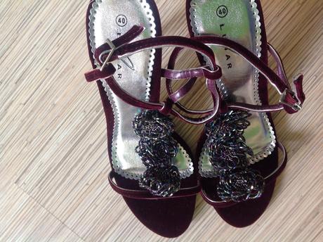 Nenosené sandálky , 39