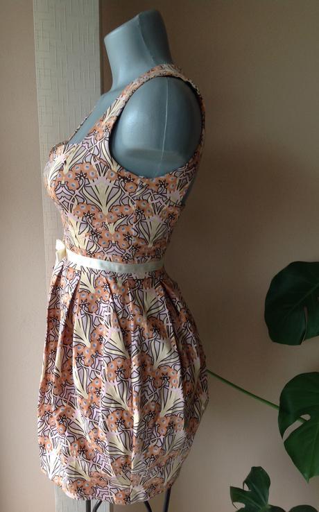 Nenosené šaty miss selfrigde, XS